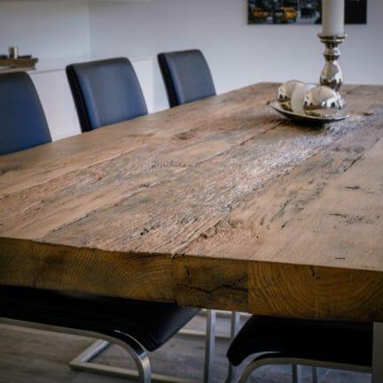 Castle G Detail. Altholzplatten aus Eiche sind der Ausdruck natürlicher Schönheit und zugleich ein absolut nachhaltiges Produkt