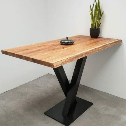 Loft B ohne Fase Pure geölt. Die Anmutung der natürlichen Baumkante in Kombination mit der gebürsteten Oberfläche hat uns veranlasst die Serie Loft zu nennen.