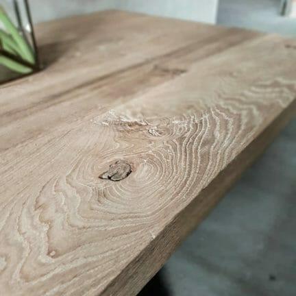 Loft G Detail. Die gebürsteten Eichenplatten sind bis ins kleinste Detail einzigartig.