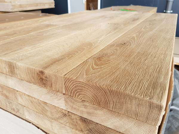 Massivholztischplatte-Gastro
