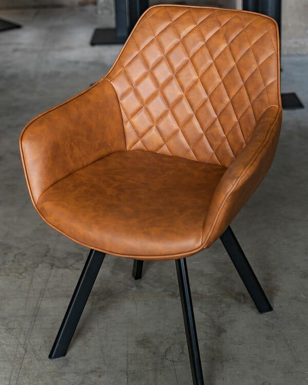 Stuhl Ringo mit Drehfunktion - Farbe Cognac